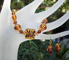 Wild Animals Bracelet & Earring Set